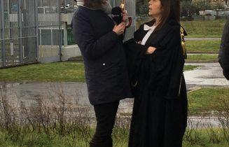 L'avv. Licia D'Amico a Rai News 24 davanti all'aula bunker di Rebibbia